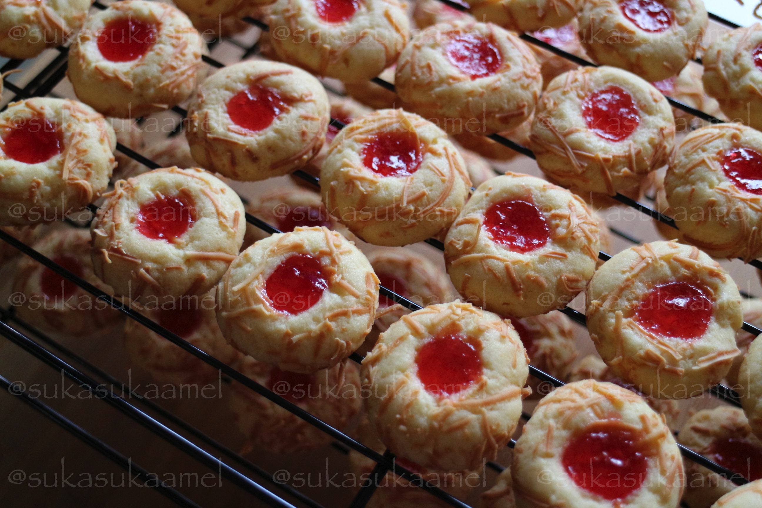 resep strawberry cookies